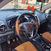 个人车出售2017年的SUV,远程启动,自动大灯,恒温空调,真皮座椅,原车导航,功能齐全,无事故,4万多公里,可以分期,必须过户